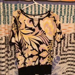New York & Company Short sleeved sweater